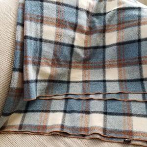 Wool plaid blanket throw tartan cabin decor